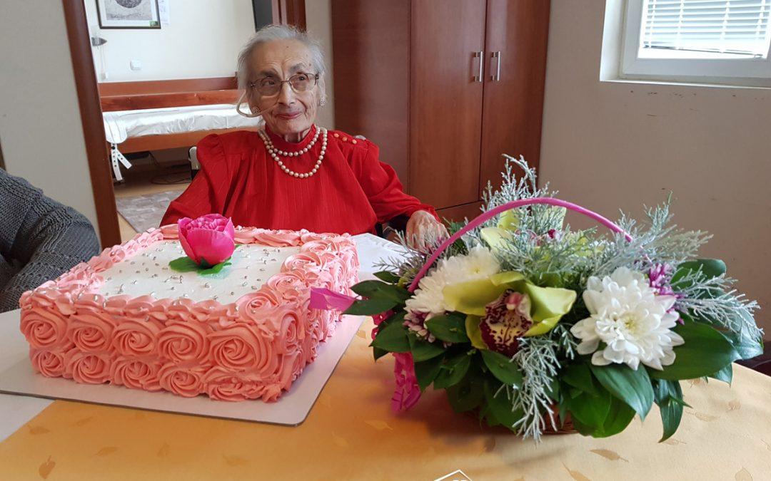 Naša draga baka Anastasija Đ. je proslavila svoj rođendan