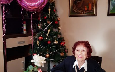 Kod nas uvek ima povod za druženje i slavlje, a ovog puta je to bio 88. rođendan naše drage gospođe Lepe